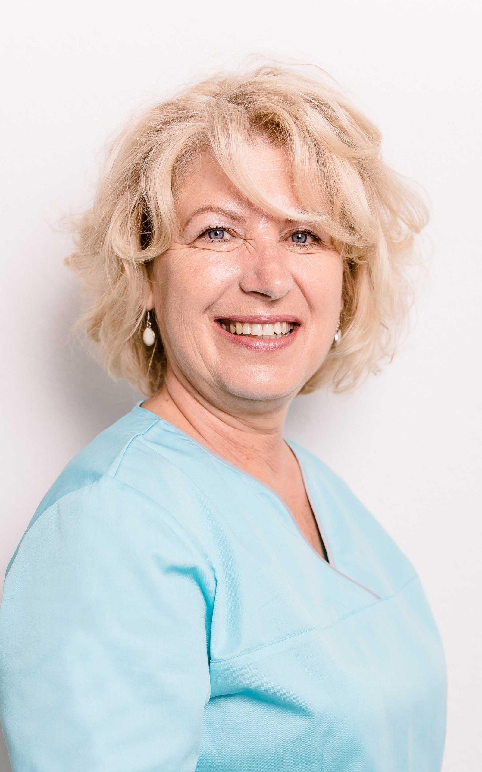 Zahnarztpraxis Barbutova Mitarbeiterin